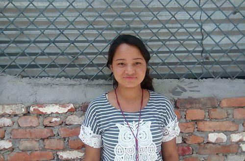 Tienermeisje Nepal Aflateen